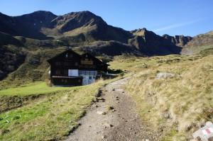 Die Schwarzwasserhütte am Ifen. Auch mit der Kindertrage zu erreichen.  Foto (c) kinderoutdoor.de