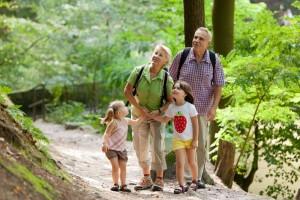 Wandern in der Sächsischen Schweiz: Perfekt für Familien! Foto (c) Michael Bader/Tourismusverband Sächsische Schweiz e.V.
