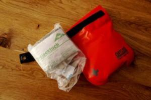 Ein Erste Hilfe Set gehört zum Wandern dazu, wie die Brotzeit bei der Hütte! Foto (c) kinderoutdoor.de