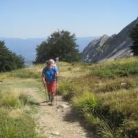 Mit den Leki Carbon Titanium Trekkingstöcken und dem Vaude Shuttle Premium hinauf zum Rifugio Enrico Rossi in den apuanischen Alpen.   Foto (c) kinderoutdoor.de