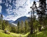 Familienwanderung im Tiroler Lechtal. Bildnachweis: Tiroler Lechtal/Robert Eder